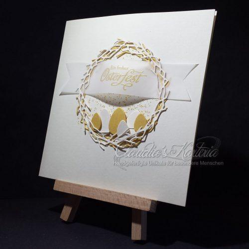 Goldene Eier im Kranz | Osterkarte