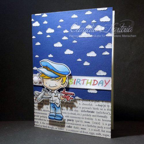Kleiner Pilot im Wolkenhimmel | Geburtstagskarte