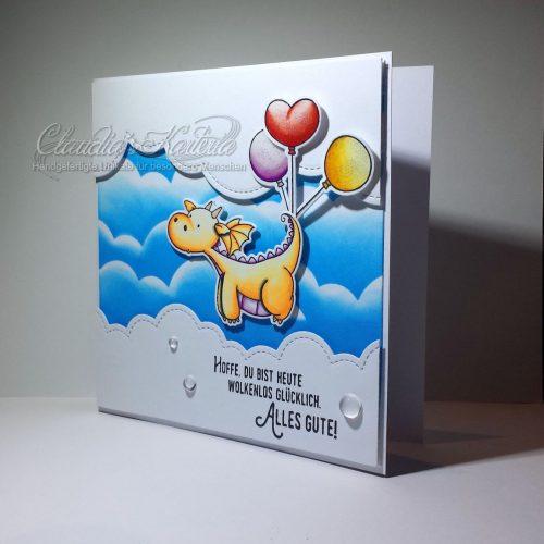 Wolkenlos glücklicher Ballon-Drache in orange | Geburtstagskarte
