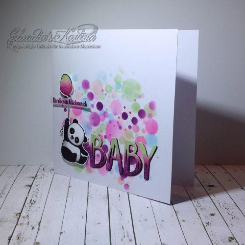 Baby-Panda auf romantischen Bubbles | Geburtskarte