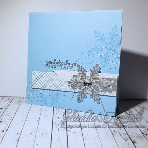 Zauberschöne Festtags-Schneeflocke himmelsilber | Weihnachtskarte