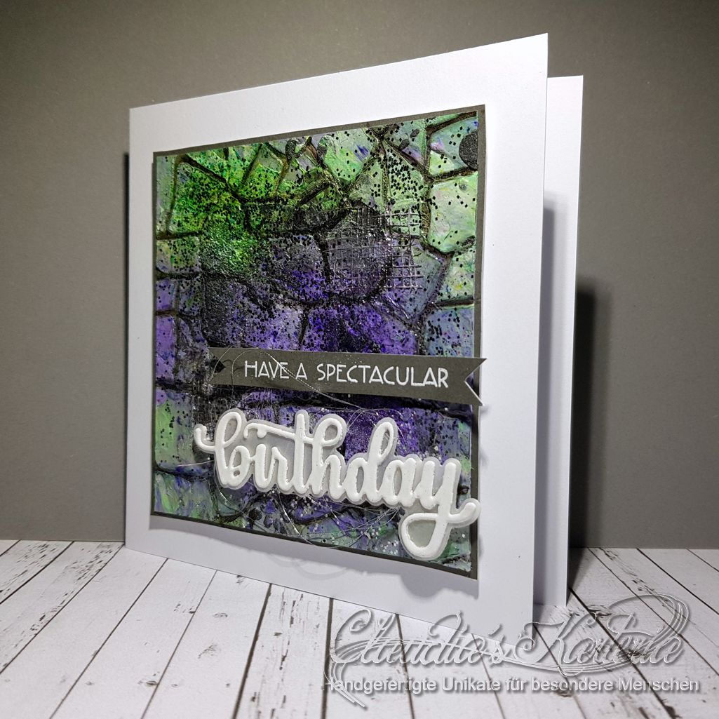 Spektakuläre Mauerkunst violett-grün   Geburtstagskarte